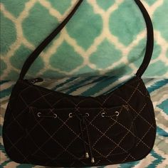 Vera Bradley Small Purse Perfect condition. Shows no signs of wear, super clean.  Kept in sealed bag.  Vera Bradley. Important:  bundle discount available!!!!!   I make sure all items are freshly laundered as applicable (shoes and tagged items, I don't remove the tags and wash).  However, not all my items come from pet/smoke free homes.    Low pricing reflective of this. Thank you for looking! Vera Bradley Bags Mini Bags