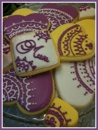 Jenjens cookies has built a reputation for delicious high quality hand decorated sugar cookies. Her freshly baked hand decorated cookies are made with all Mother's Day Cookies, Cupcake Cookies, Sugar Cookies, Freshly Baked, Dessert Recipes, Desserts, Cute Cakes, Pattern Art, No Cook Meals