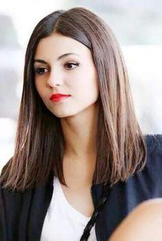 Claudia - Victoria Justice
