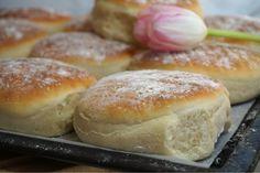Lyxiga tekakor Grandma Cookies, Cookie Box, Food Tasting, Bread Baking, Finger Foods, Food To Make, Sandwiches, Good Food, Food And Drink