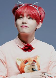 Omo red haired tae..