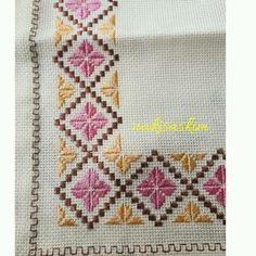 1 million+ Stunning Free Images to Use Anywhere Kasuti Embroidery, Ribbon Embroidery, Cross Stitch Embroidery, Embroidery Patterns, Cross Stitch Patterns, Palestinian Embroidery, Hand Embroidery Videos, Cross Stitch Boards, Cross Stitch Flowers