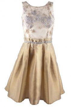 Dziewczęca rozkloszowana sukienka kolekcja MarylaW