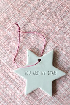 Mummys little Star in Heaven♡☆Xx Christmas Holidays, Christmas Crafts, Christmas Decorations, Xmas, Christmas Ornaments, Pink Christmas, Blog Da Carlota, Diy Fimo, Twinkle Twinkle Little Star