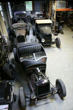 Cool garages with lots of storage space for these old cars