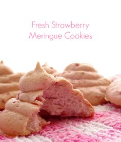 Fresh Strawberry Meringue Cookies Recipe - a low-fat and gluten-free cookie that's crisp on the outside, chewy on the inside and bursting with fresh strawberry flavour! | www.pinkrecipebox.com