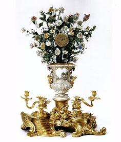 VASE HORLOGE dit VASE LE BOITEUX , circa 1752- the bronze base was a later addition c. 1819