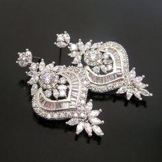 Crystal Bridal earrings Crystal Wedding earrings by Gold Bridal Earrings, Wedding Earrings Drop, Rose Gold Earrings, Rhinestone Earrings, Wedding Jewelry, Wedding Shoes, Wedding Stuff, Wedding Rings, Wedding Ideas