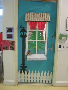 Christmas door decoration & Snow globe classroom door decoration idea! | Classroom: Themes~Decor ...