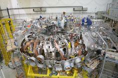 Montage der Fusionsanlage (Dezember 2011): Beim Stellarator, wie der Reaktortyp...