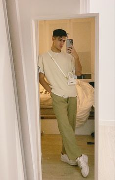 Retro Outfits, Mode Outfits, Mode Streetwear, Streetwear Fashion, Stylish Mens Outfits, Casual Outfits, Mode Instagram, Look Man, Korean Fashion Men