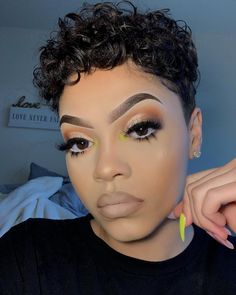 Exceptional Gorgeous makeup tips are offered on our internet site. Makeup Eye Looks, Cute Makeup, Glam Makeup, Gorgeous Makeup, Pretty Makeup, Hair Makeup, Contour Makeup, Makeup Geek, Maquillage Black