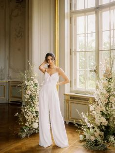Castle Wedding Inspiration, Elopement Inspiration, Bridal Lace, Bridal Gowns, Wedding Dresses, Rehearsal Dinner Looks, Bridal Jumpsuit, Bridal Musings, Looking Stunning
