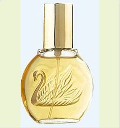 Gloria Vanderbilt perfume - ahh, yes.here we go back in time. This is the perfume I wore in junior high. I wonder what I would think of the smell now. Perfumes Gucci, Perfume Versace, Perfume Zara, Gloria Vanderbilt, My Childhood Memories, Great Memories, School Memories, Perfume Calvin Klein, Perfume Fahrenheit