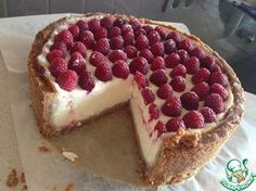 The cheesecake that always comes out is the culinary . - A cheesecake that always comes out – recipe Sweet Desserts, Sweet Recipes, Cheesecake Recipes, Dessert Recipes, Mini Cheesecakes, Russian Recipes, Food Cakes, Saveur, Chocolate Recipes