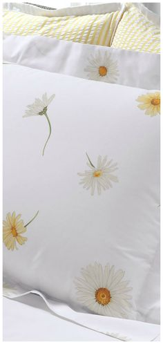 Our exclusive daisy pattern is on crisp, breathable cotton percale sheets combed for softness. Bedroom Themes, Bedroom Decor, Daisy Decorations, Daisy Love, Daisy Daisy, Daisy Hill, Wooden Curtain Poles, Lash Room, Yellow Cottage