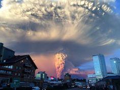 16 sorprendentes imágenes de la erupción del volcán Calbuco