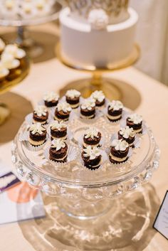Vintage Las Vegas at Columbia Winery during Weddings In Woodinville | Coordination: MG Davis Events | Photography: Jennifer Tai Photo Artistry | Desserts: The Cakewalk Shop #weddingsinwoodinville #vintagewedding #vintagevegaswedding #whitewedding #desserts