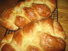 I have been photographing my bread recipes since 2008 and have a stockpile of photos to use .