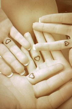 Finger Tattoos Heart Sisters