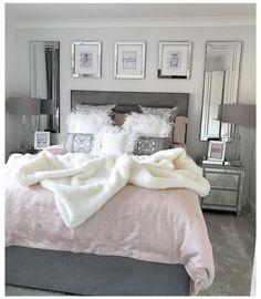 Cute Bedroom Decor, Bedroom Decor For Teen Girls, Girl Bedroom Designs, Small Room Bedroom, Room Ideas Bedroom, Small Rooms, Classy Teen Bedroom, Classy Bedroom Ideas, Silver Bedroom Decor