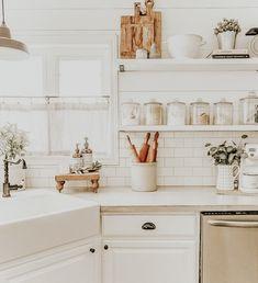 kitchen decor farmhouse modern contemporary decor design - Home Decorations Kitchen Open Concept, Cuisines Design, Cozy House, Home Decor Inspiration, Decor Ideas, Home Design, Home Kitchens, Small Kitchens, Kitchen Decor