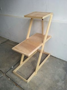 simple rack for lounge    made from pallet