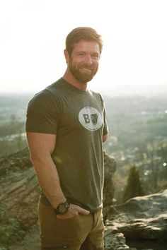 Noah Galloway shares his story, from pain to triumph | AL.com