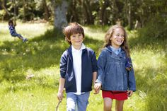 La importancia de los espacios verdes para los niños http://www.encuentos.com/consejos-para-padres/la-importancia-de-los-espacios-verdes-para-los-ninos/