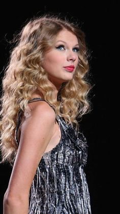 Taylor Swift Fearless, Taylor Swift Style, Taylor Swift Pictures, Taylor Alison Swift, Taylor Swift Wallpaper, Sweet Lady, Her Style, Selena Gomez, Role Models