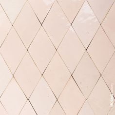 Light pink diamond shaped wall tiles from Mosaic Factory ZELLIGE collection. The handmade Moroccan tiles can be customised in different shapes, sizes and colours. Find your favourite one for your kitchen or bathroom wall and backsplash Moroccan Tiles, Moroccan Decor, Moroccan Bedroom, Moroccan Lanterns, Moroccan Interiors, Kitchen Tiles, Kitchen Colors, Mary's Kitchen, Kitchen Mats