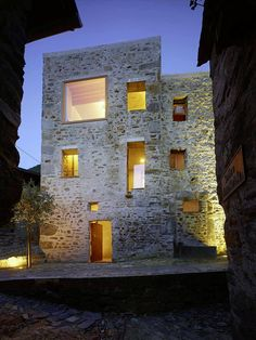Historic Stone House in Switzerland by Wespi de Meuron Romeo-Historic Stone Hous. Historic Stone House in Switzerland by Wespi de Meuron Romeo-Historic Stone Hous.- Historic Stone House in Switzer Architecture Renovation, Architecture Résidentielle, Contemporary Architecture, Old Stone Houses, Design Exterior, Stone Exterior, Stone Facade, Alvar Aalto, House Design