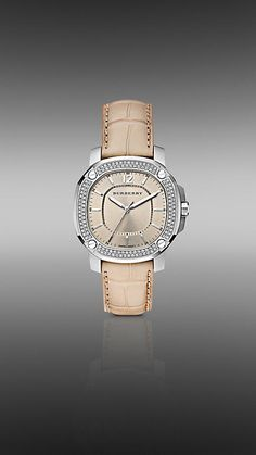 The Britain BBY1400 38mm Quartz Watch  From Burberry