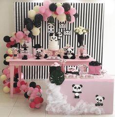 I love this panda party! -See more Panda Party ideas on B. Panda Birthday Party, Panda Party, 1st Boy Birthday, 1st Birthday Parties, Gender Neutral Baby Shower, Baby Boy Shower, Birthday Decorations, Baby Shower Decorations, Panda Baby Showers