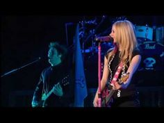Avril Lavigne - Live in Toronto 2008 - My happy ending [HD]