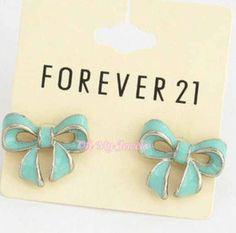 All i want for my birthday is some bow earings lol :hint hint to my sisters lol Forever 21 jewelry