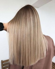 Golden Blonde Balayage for Straight Hair - Honey Blonde Hair Inspiration - The Trending Hairstyle Blonde Balayage Highlights, Bronde Balayage, Full Highlights, Bronde Haircolor, Blonde Hair Looks, Brunette Hair, Brunette Color, Blonde Wig, Blonde Hairstyles