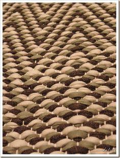 Weaving Art, Animal Print Rug, Rag Rugs, Knitting, Carpets, Lush, 3d, Weaving, Farmhouse Rugs