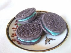 Oreo soaps - if i bought these, i might mistake them for real oreo's and eat them..