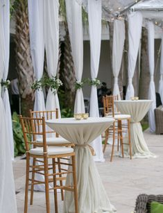 Outdoor cocktail hour set-up in the Courtyard at Cannon Green in Charleston, SC. Decoration Cocktail, Cocktail Table Decor, Cocktail Tables, Pre Wedding Party, Wedding Set Up, Wedding Cocktail Hour, Outdoor Cocktail Party, Spring Wedding, Wedding Flowers
