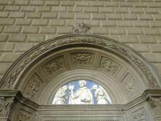 Portale dx. Lunetta di Andrea della Robbia