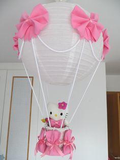 LAMPARA GLOBO HELLO KITTY para decorar la habitación de tu bebe. Puedes ver todos los modelos en el blog http://lamparaglobo.wordpress.com/ o te informaremos Estefania 609224784