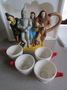 Wizard Of Oz Tea Pot Set *RARE HTF Item* Department 56