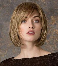 Cortes de cabello para cara cuadrada 2017 [FOTOS] - Corte bob desfilado con flequillo lateral para cara cuadrada #peinadosconflequillo