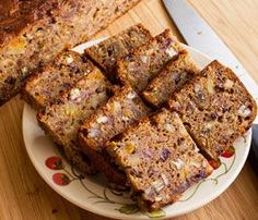 Fruit Cake: Vegan make-over of a traditional fruit cake recipe, with less fat & sugar, no candied peel, GF option.