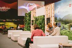 Programm heute: Probe der Länder des zweiten Semifinale – die erste Hälfte und Eurovision Jam Night in der Albertina Passage. Mehr darüber auf http://www.eurovision-austria.com/de/live-aus-wien-tag-3-13-05-2015/ ------------------------------------------ #esc #austria #eurovision #vienna #buildingbridges