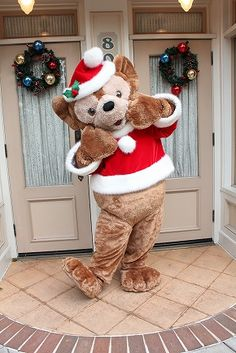 Duffy The Disney Bear, Disney Christmas, Disney Stuff, Disney Parks, Disneyland, Christmas Stockings, Tokyo, Merry, Earth