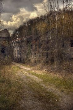 Abandoned glass factory, had shops and living quarters for the workers now its a ghost town...Creepy