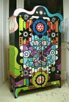 Hand Painted Cabinet - if I were creative  I have the perfect cabinet for this! almost identical to this