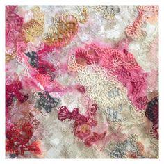 #wip ... Acrílico y bordado sobre algodón...2017-2018 en proceso por @textilesxme Textiles, Rugs, Instagram, Home Decor, Embroidery, Artists, Farmhouse Rugs, Interior Design, Home Interior Design